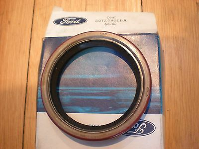 NOS 1970 71 72 73 FORD F500 C6 OUTPUT SHAFT OIL SEAL