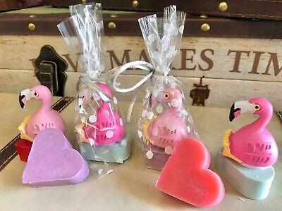 Detalles Bodas comuniones bautizo 20 brillo labios flamenco y Jabón de corazón