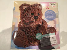 Wilton Stand-Up Cuddly Bear Pan Set (brand new in box) Hunters Hill Hunters Hill Area Preview