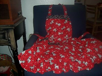 LADIES/MISSES HANDMADE APRON, DOGS AND DOTS ON RED W/BLACK DOT PATTERN TRIM