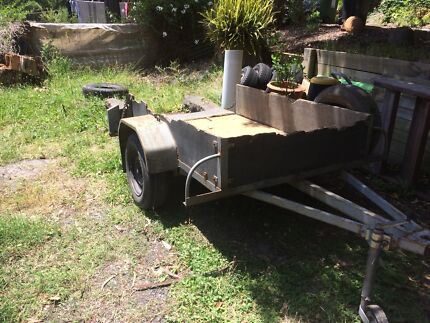 6x4 tilt trailer ply sides - ready to use or restore with new timber