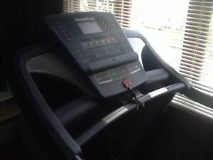 TREADMILL WALKING MACHINE GYM EQIPMENT South Windsor Hawkesbury Area Preview