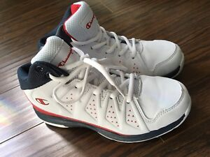 Unisex Champion Basketball Sneakers Size 3