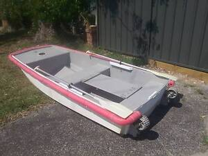 Yacht tender / fishing dingy 9.3ft Ettalong Beach Gosford Area Preview