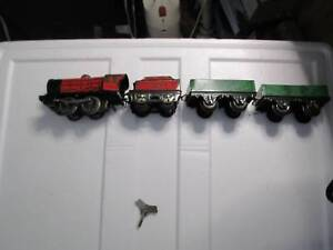 Hornby Very Early complete set with key in box. 1940,s ? Colac Colac-Otway Area Preview