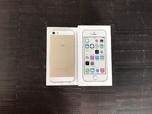 2 iPhone 5S  Or 16 Go