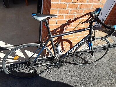 Triban 500 decathlon road bike cycle Large frame with bottle bell light fitted