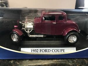 1:18 scale diecast 1932 Ford Coupe