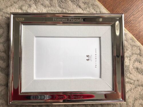 NWT Pottery Barn Silver 4x6 Frame With White Grosgrain Mat *