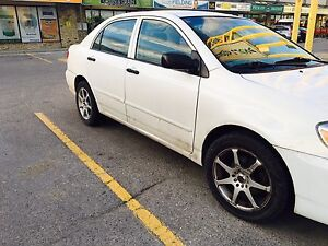 2005 toyota corolla in very excellent condition new saftey