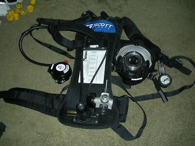 Scott 2216 Psi Scba Air Pak W Av-2000 L Mask Valve
