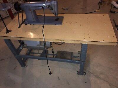 Singer Industrial Sewing Machine Model 331k1