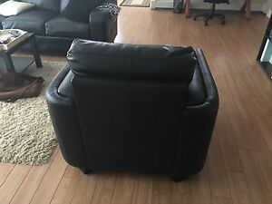 Black leather chair & couch! $200 OBO