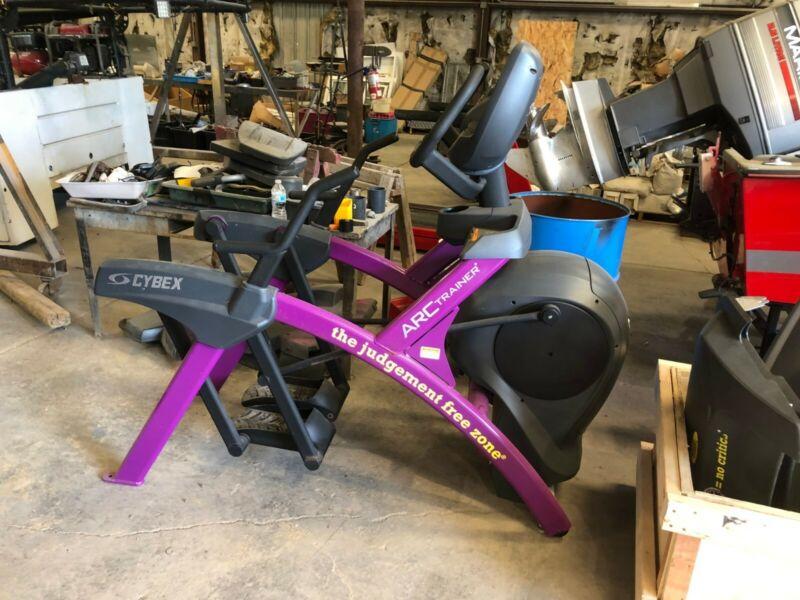 Cybex 626A Arc Trainer