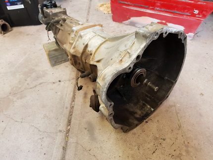 VL RB30 MF5 5 speed gearbox and clutch