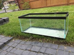 20 gallon fish tank.