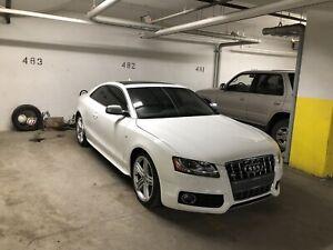 2010 Audi S5 4.2L V8 AWD **will consider trades**