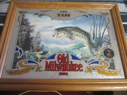 OLD MILWAUKEE BEER SIGN MIRROR WILDLIFE COLLECTION WISCONSIN BASS FISHING BAR