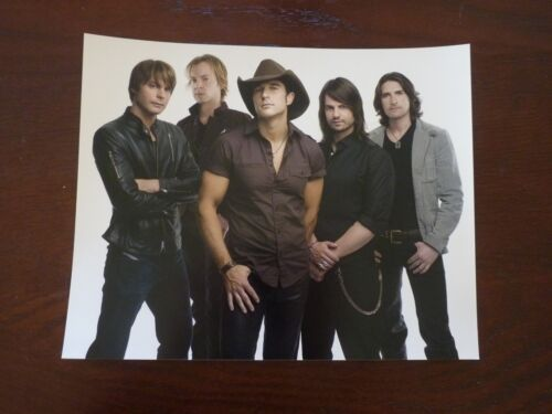 Lost Trailers Country Music Singer 8x10 Color Promo Photo