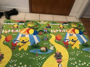 Open box like new foam floor mat / baby play mat