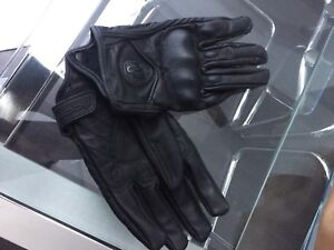 Brand New Never Worn Ladies Motorcycle Gloves