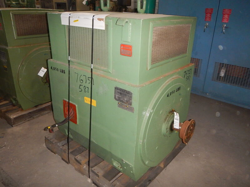 700 HP Siemens-Allis Electric Motor, 3600 RPM, 587US Frame, WPI, 4160 V