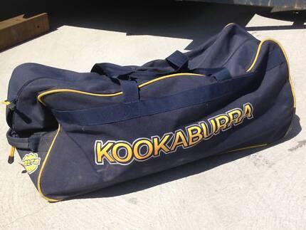 2 x Kookaburra Cricket bags Geilston Bay Clarence Area Preview