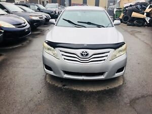 2011 TOYOTA Camry LE 4cylinder (TAXI) 267000km 3499$