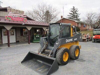 John Deere 320e Wheeled Skid Steer With Cabac Heat