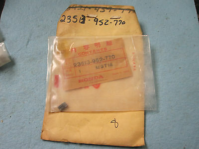NOS Honda Wheel Ratchet Lawnmower HR216 HRA21 23513-952-770