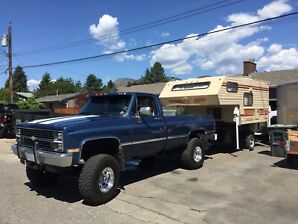 '84 4wd Chevy regular cab 1 ton