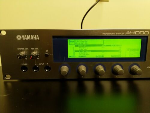 Yamaha A4000 Sampler 128MB RAM 9GB SCSI + Sound Disks
