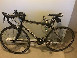 Carbon road bicycle great condition