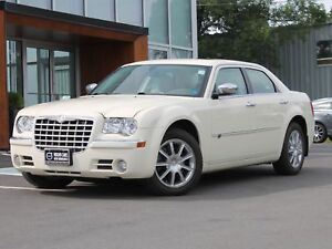 2010 Chrysler 300C AWD | 5.7L | LEATHER | NAV
