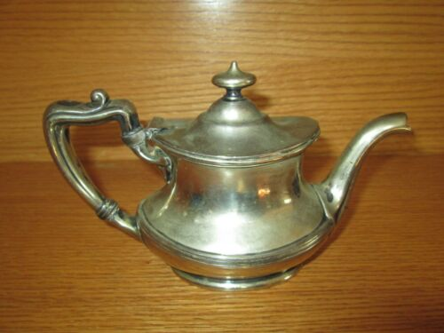 Rare Vintage NPR Northern Pacific Railroad GM CO. EP 5/8 Pint Sized Teapot 08093