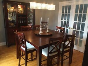 Bistro style dinning room set w/ table, 8 chairs & buffet unit