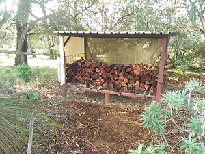 Firewood .......$175 full trailer. $10 bags. Free delivery.