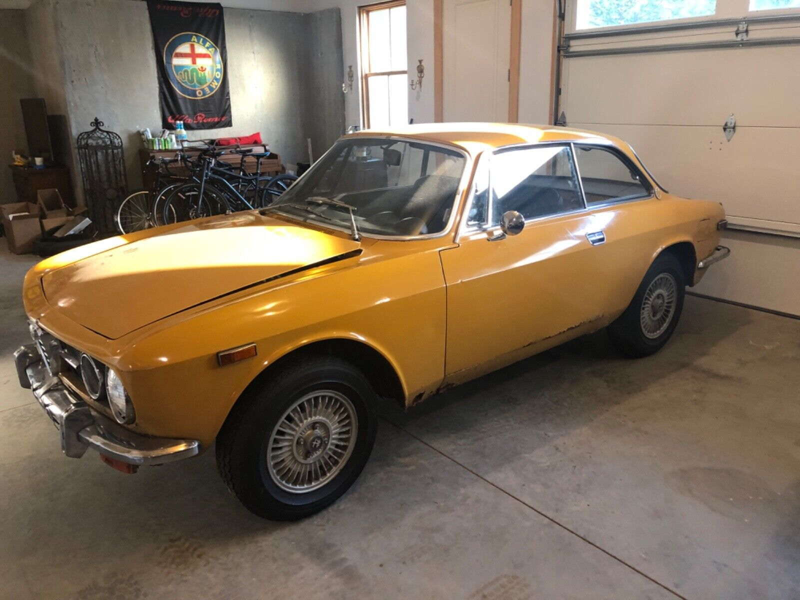 1971 Alfa Romeo GTV  1971 Alfa Romeo GTV 1750 Ocra Yellow Barn Find 105 series