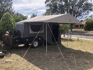 Hard floor camper trailer