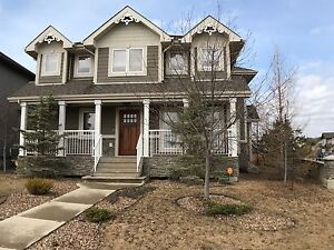 Adult Only Executive Home in Eagle Ridge!!