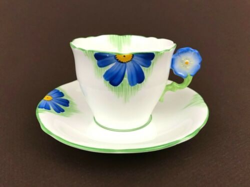 VTG Aynsley S102 Pattern Blue Flower Handle Tea Cup Saucer Scalloped Green Trim