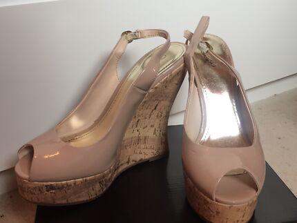 Nude peep toe wedge size 7
