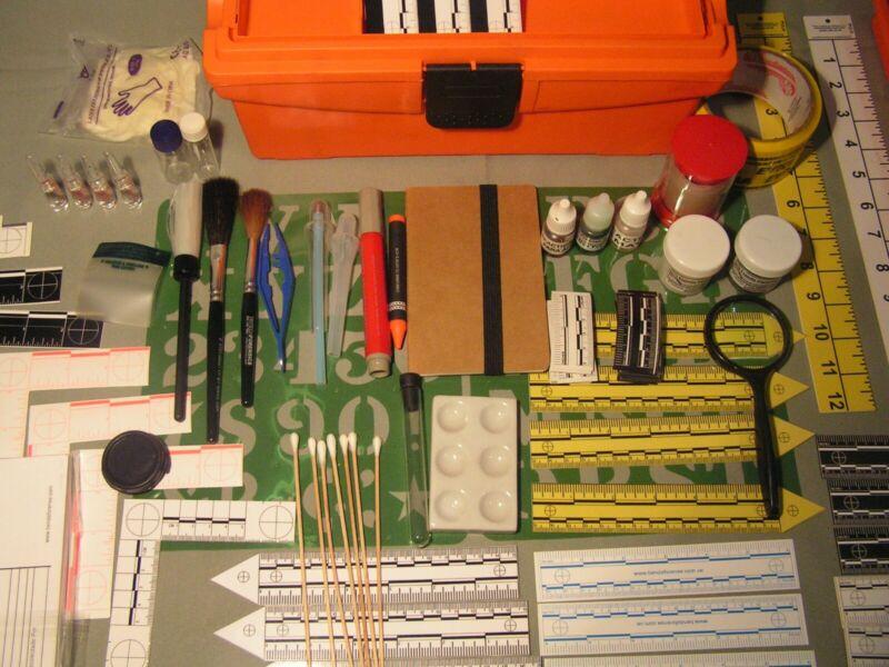 Forensic Latent fingerprint police crime scene processing kit