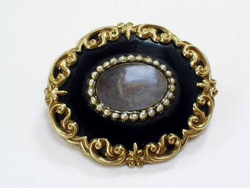 1858 ANTIQUE VICTORIAN PINCHBECK BLACK ENAMEL SEED PEARL MOURNING BROOCH/PENDANT