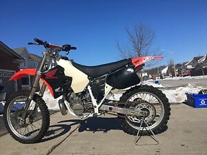 Honda cr250 dirtbike