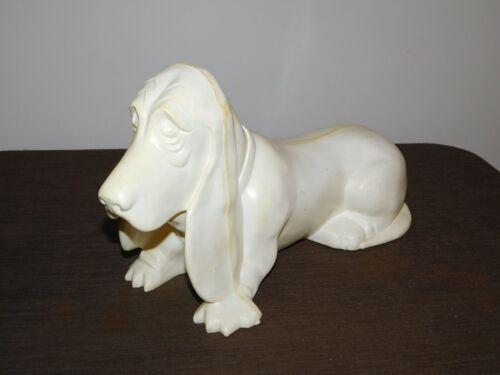 """VINTAGE 15"""" LONG UNFINISHED AXELROD BASSET HOUND DOG PLASTIC BANK"""