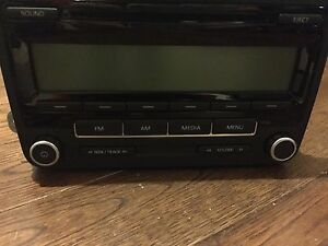 VW Jetta Radio Reciever CD Player OEM (2011 - 2014)