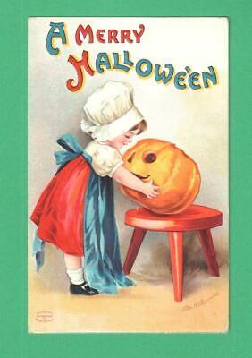E HALLOWEEN POSTCARD GIRL WITH BIG JOL ON STOOL (Clapsaddle Halloween)