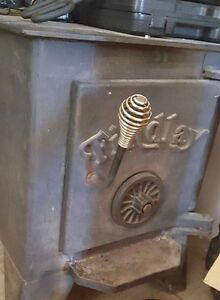 Woodstove for sale 250$