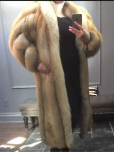 Beautiful Canadian Red Fox Fur - Full Length Winter Coat